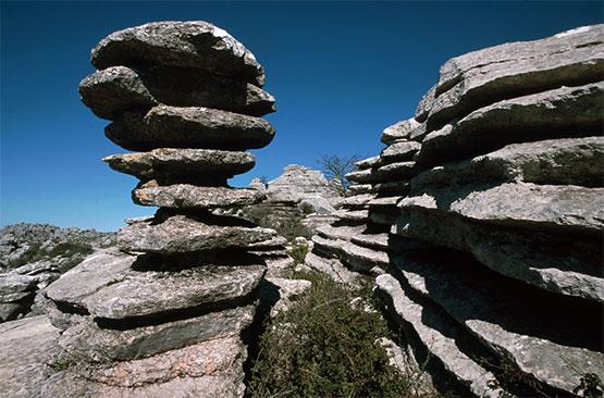rocas en equilibrio: torcal de antequera